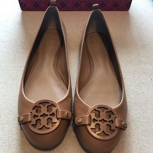 NWT TORI BURCH Everly ballet, Nappa leather.